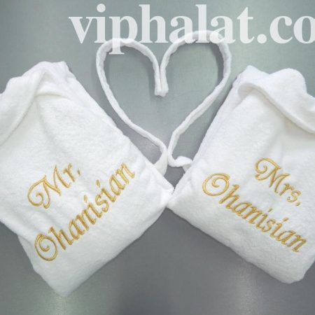 Белые махровые халаты для влюблённых