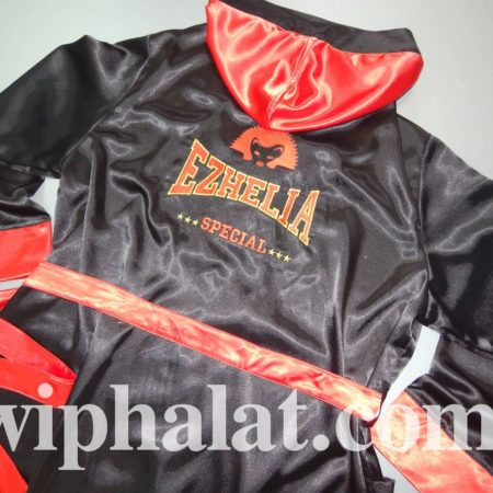 Шикарный атласный мужской супер халат Ezhelia