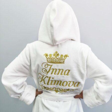 Белый женский махровый VIP халат с короной