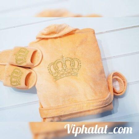 Женский VIP комплект с вышивкой Королева-мать
