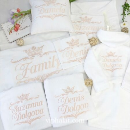 Постельное бельё + полотенца + халат Семейная тиара