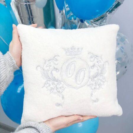 Декоративная Фамильная подушка из велсофта